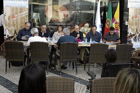 Conferência Coimbra a Bombar